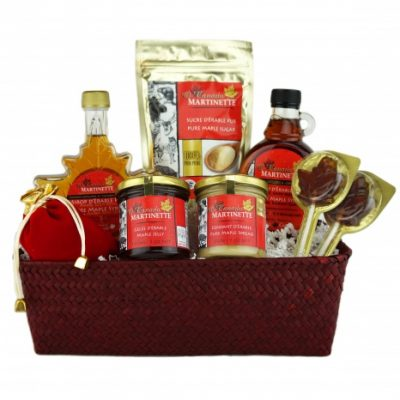 O'CANADA MAPLE Red Gift Basket
