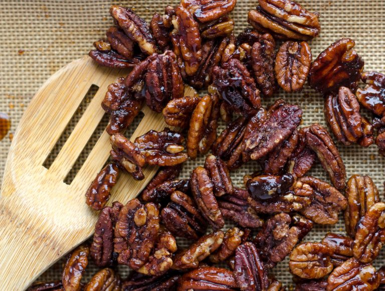 Spicy Maple Pecans