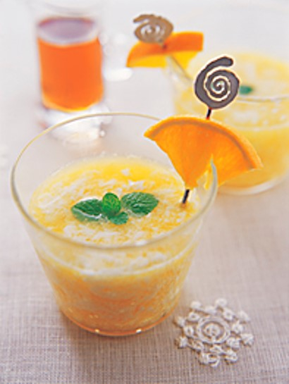 Orange and Milk Maple Drink