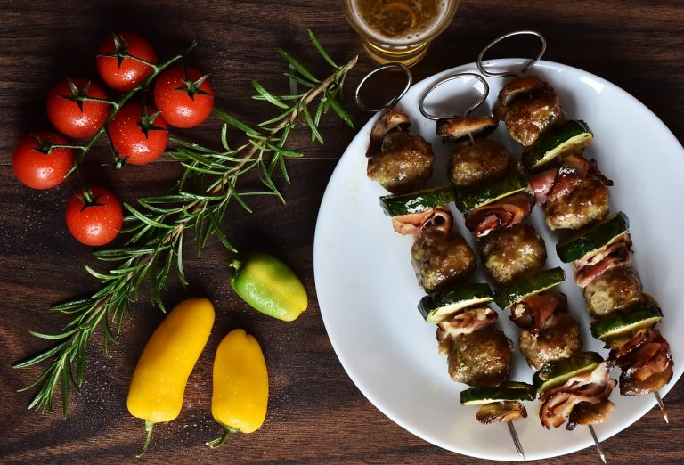 Veal Strip Brochettes perfumed with maple syrup