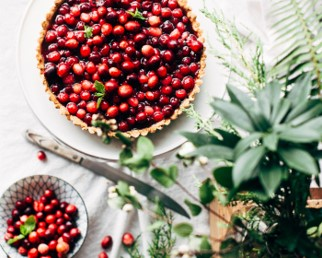 Cranberry and maple caramel pie
